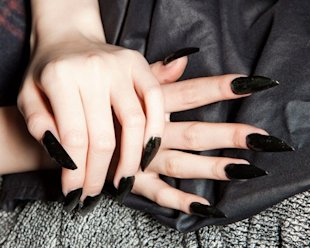 Manicures at Thierry Mugler
