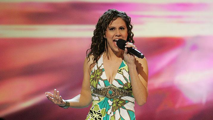 Haley Scarnato performs in front of the judges on the 6th season of American Idol.