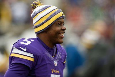 Teddy Bridgewater gives Kentucky Derby jockeys the official 'Riders Up'