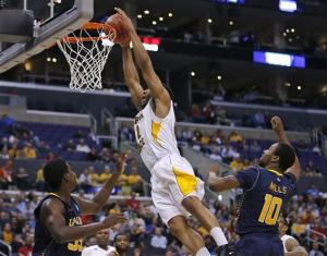 Shockers roll to 72-58 NCAA win over La Salle