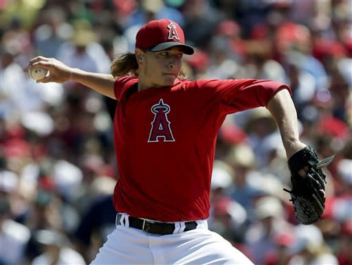 Richards pitches into the 7th, Angels beat Brewers