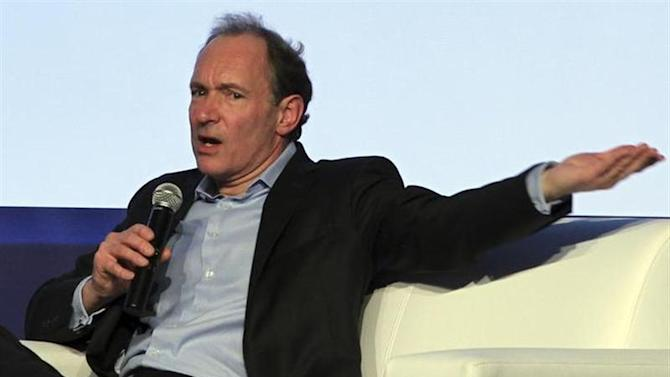 """British scientist and World Wide Web creator, Tim Berners-Lee, speaks during """"Campus Party"""" in Sao Paulo January 18, 2011. REUTERS/Paulo Whitaker/Files"""