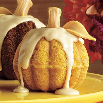 6. Mini Pumpkin Cakes