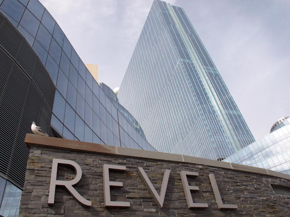 NJ's bankrupt Revel suffers fate of other casinos