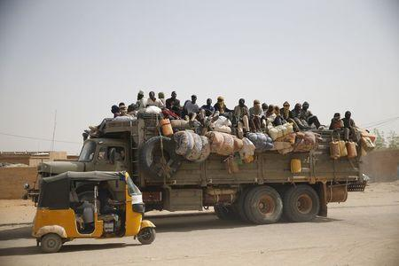 Wider Image - Smuggled through Niger