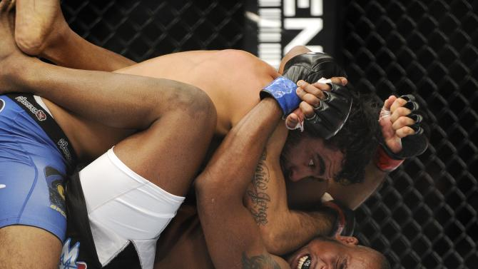 MMA: UFC on FOX 6-Spencer vs Natal