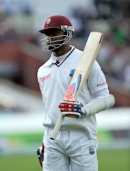 Marlon Samuels hit his fifth Test century to help West Indies cut Bangladesh&#39;s lead