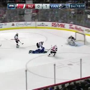 Cory Schneider Save on Henrik Sedin (07:46/2nd)