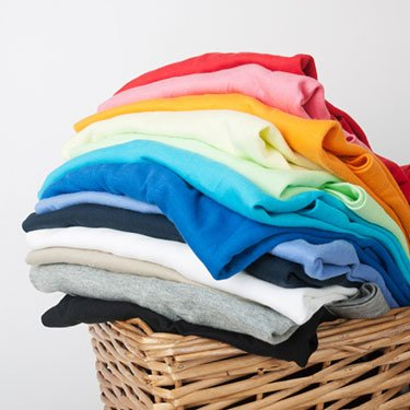 Stack-of-freshly-laundered-clothing_web