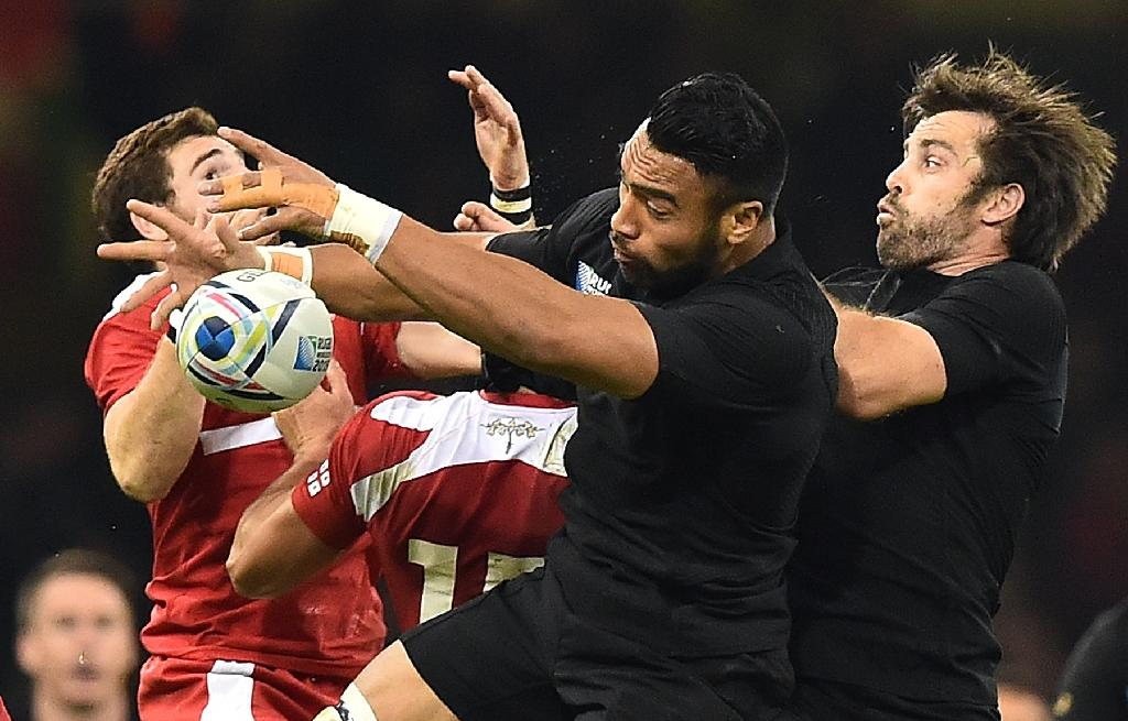 All Blacks working overtime on scrums
