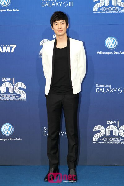 2012 Mnet 20's Choice Awards - Lee Je Hoon