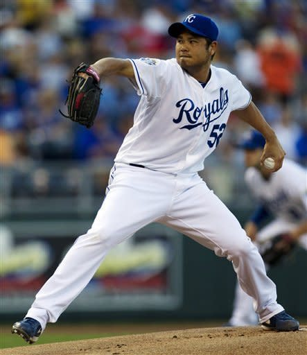 Chen outduels Liriano as Royals beat Twins 1-0