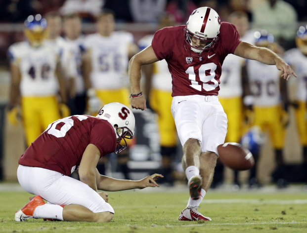 Stanford&#39;s Jordan Williamson (19) kicks a 46-yard field goal against San Jose State during the first half of an NCAA college football game in Stanford, Calif., Friday, Aug. 31, 2012. (AP Photo/Marcio Jose Sanchez)