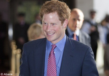 Premire sortie (habille) russie pour le prince Harry