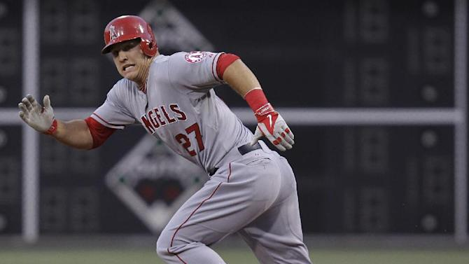 Jimenez hits 2-run double, Angels beat Phils 4-3