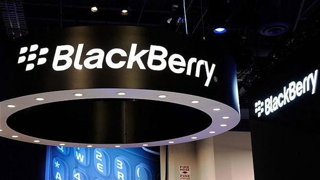 BlackBerry teams with Verizon to keep business away from Android and iOS