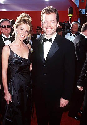 Greg Kinnear with his wife 70th Annual Academy Awards Los Angeles, CA 3/23/1998