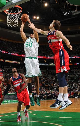 Bradley scores 23 as Celtics beat Wizards 88-76