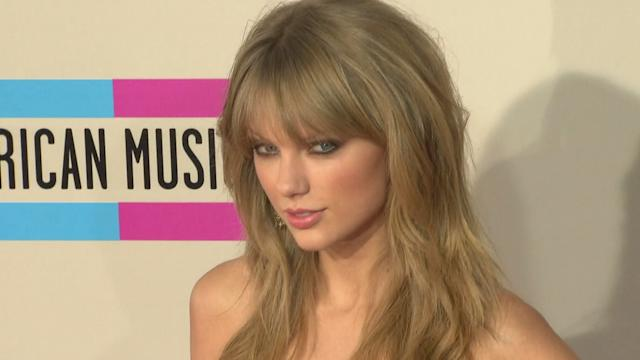 "Taylor Swift hace brillar los ""American Music Awards"""