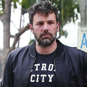 EXCLUSIVE PHOTOS: Ben Affleck Returns to L.A. Without Wedding Ring