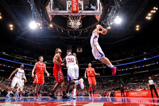 Paul leads Clippers over Rockets 95-91