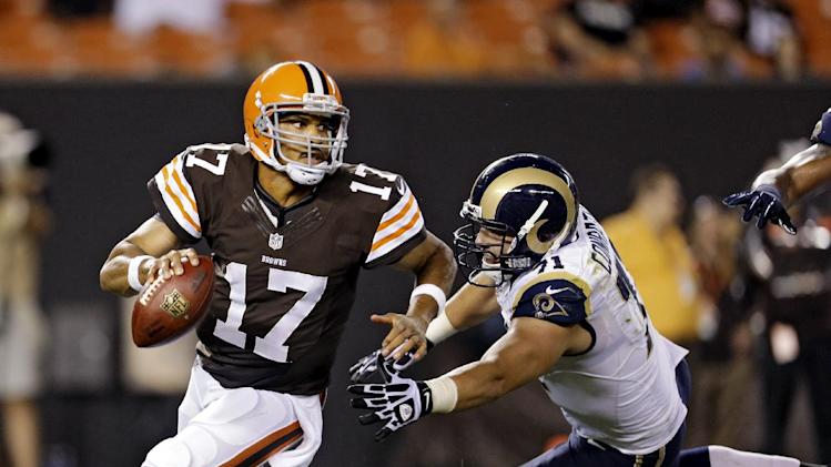 Browns bench Weeden; Campbell to start
