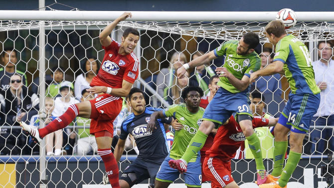 Sounders beat FC Dallas 2-1 for fifth straight win