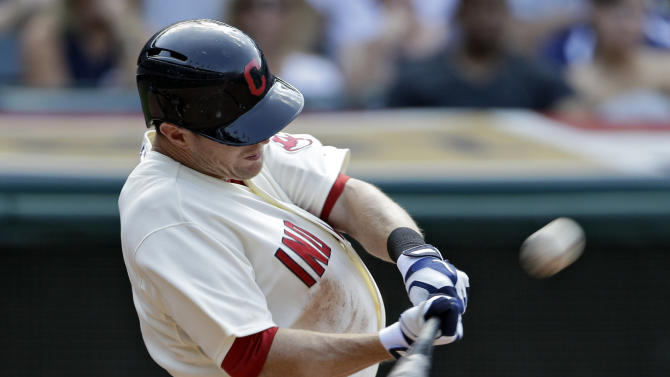 Stubbs' homer lifts Indians past Twins 3-1