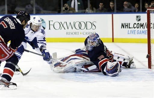 Gaborik rallies Rangers past Maple Leafs 5-2