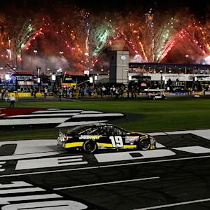 Edwards honored to salute veteran with 600 win