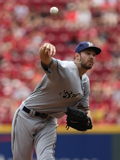 Brewers extend win streak to 8 games with 6-1 victory