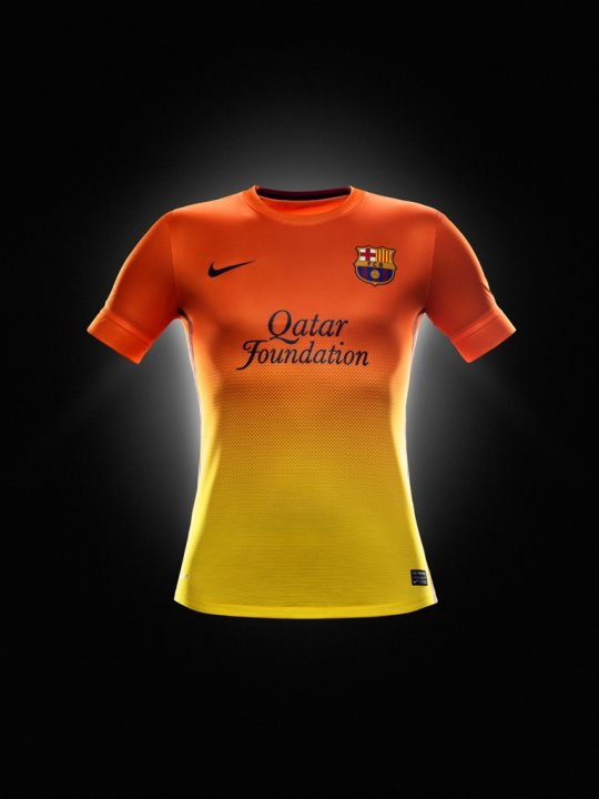 Fa12_PR_Authentic_Barca_A_Jersey_R_original-baja-jpg