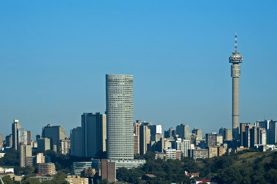 Johannesburg is one of the most modern cities in South Africa and has a large Muslim population with its most popular mosque being Jumu'ah Masjid on the corner of the Kerk & Sauer Streets.