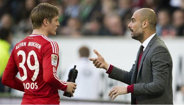 Bayern Munich's Kroos open to Premier League move