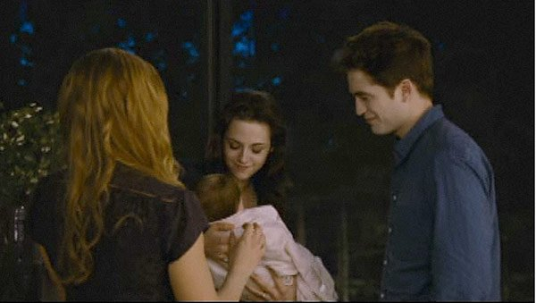 &#x2018;Breaking Dawn Part 2&#x2032; Trailer Revealed &#x2014; See Bella In Action As A Vampire