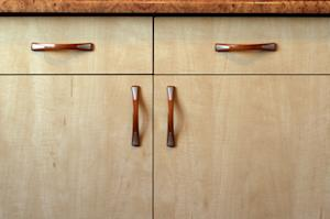 Knobs Vs. Handles for Your Kitchen