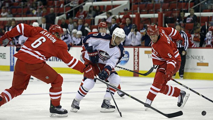 Collins, Blue Jackets beat Hurricanes 5-4
