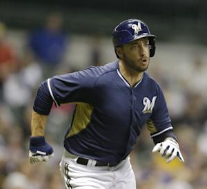 Braun gets standing ovation in Brewers opener