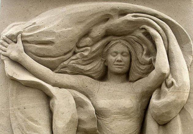 Chiêm ngưỡng 'kiệt tác' làm từ cát