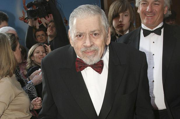 Robert Sherman, 'Mary Poppins' and 'Small World' Songwriter, Dead at 86
