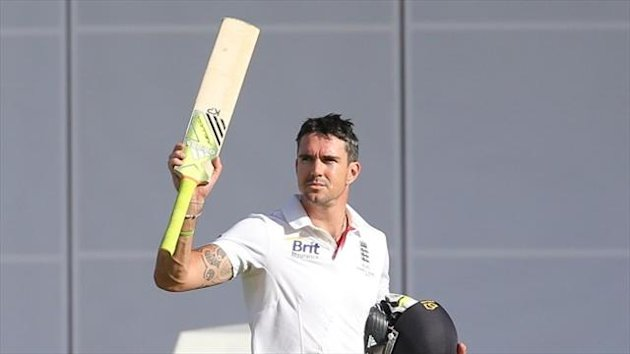 Kevin Pietersen scored a century on Saturday to keep England in the game
