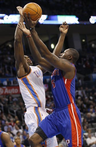 Thunder top Pistons 99-79 for another home blowout