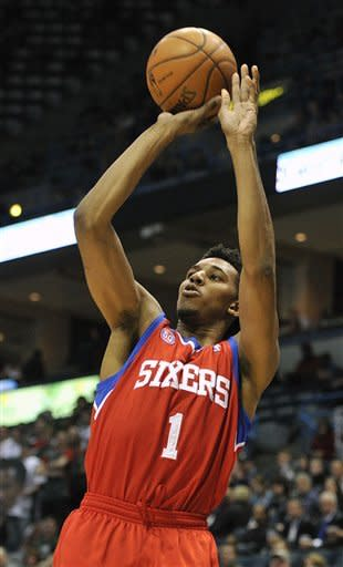 Ellis scores 28 to lead Bucks over 76ers 94-92