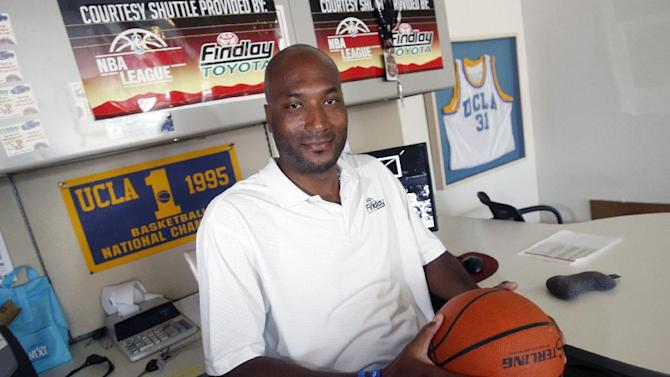 Judge rules against NCAA in O'Bannon case