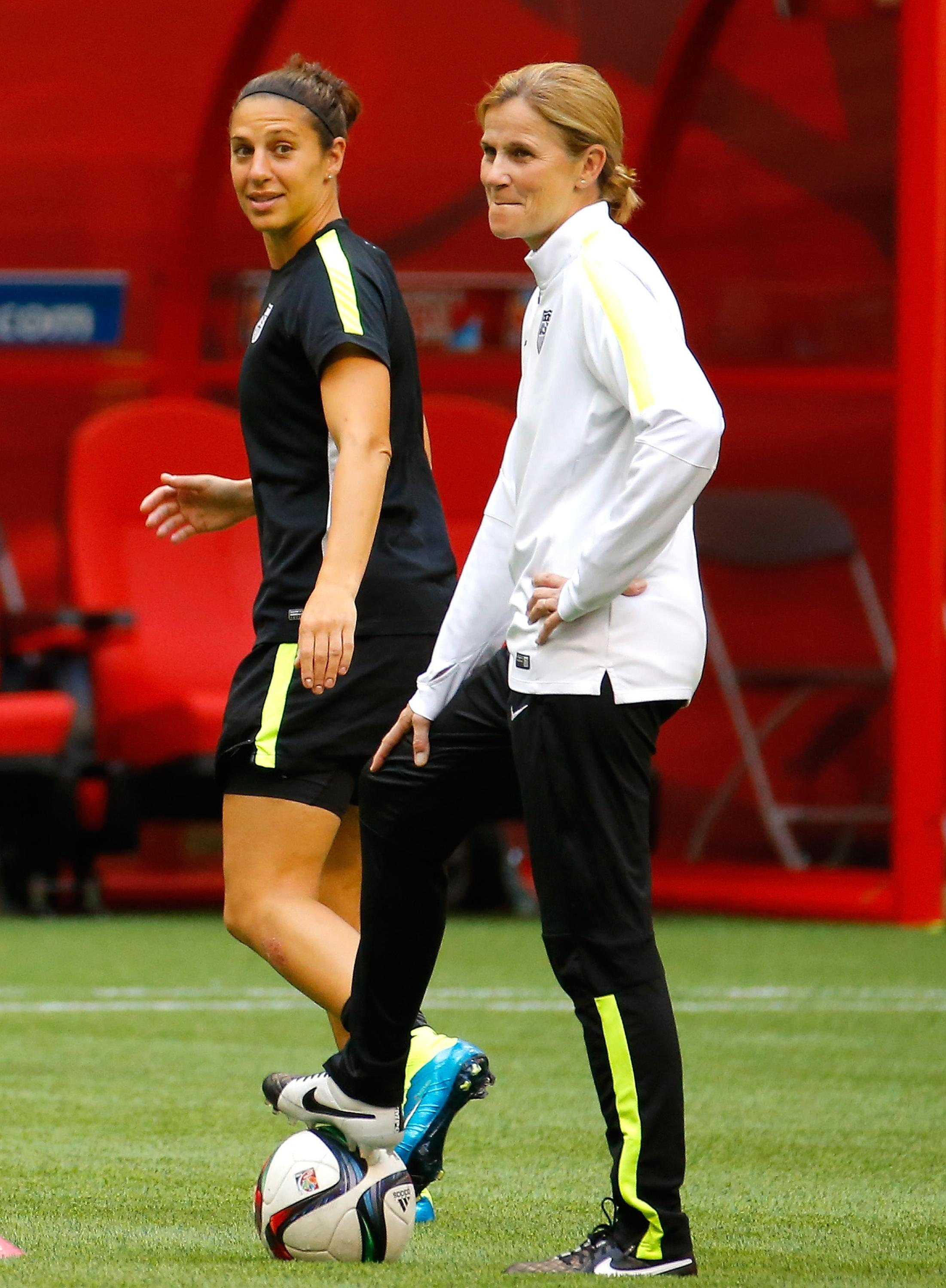 Carli Lloyd, Jill Ellis deserve FIFA awards, but American sweep isn't a lock