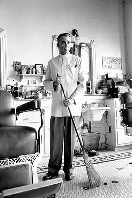 Billy Bob Thornton as barber Ed Crane in USA Films' The Man Who Wasn't There