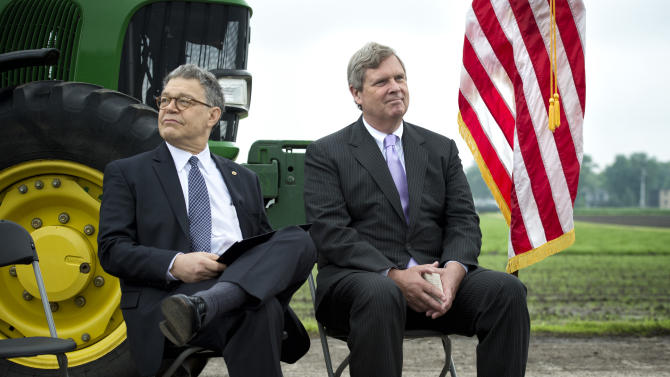 Governor launches Minn. farm water quality program