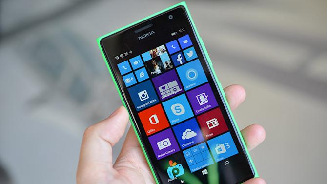 Microsoft's 'selfie phone' arrives as the Lumia 730