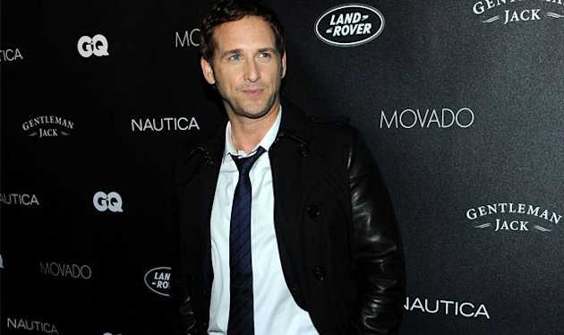 REPORT: Josh Lucas Married & Expecting
