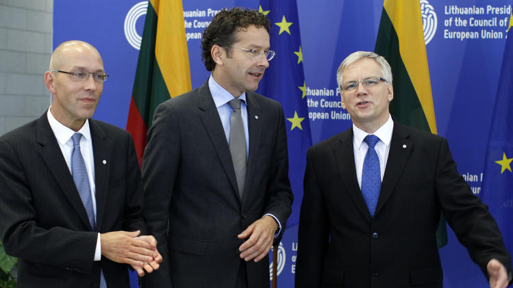 EU ministers seek progress on banking union